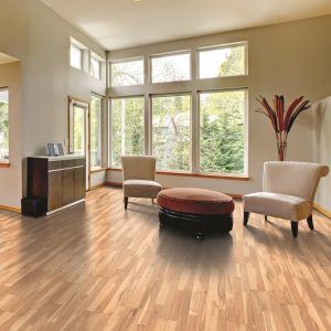 Laminate floor in bedroom | Custom Floors