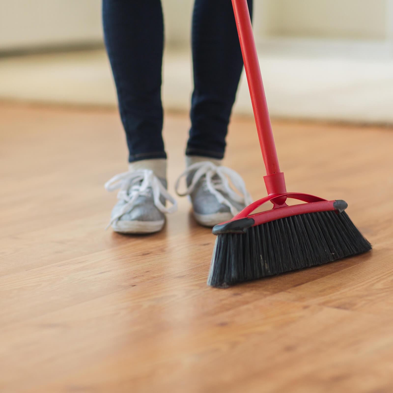Sweeping Laminate flooring | Custom Floors