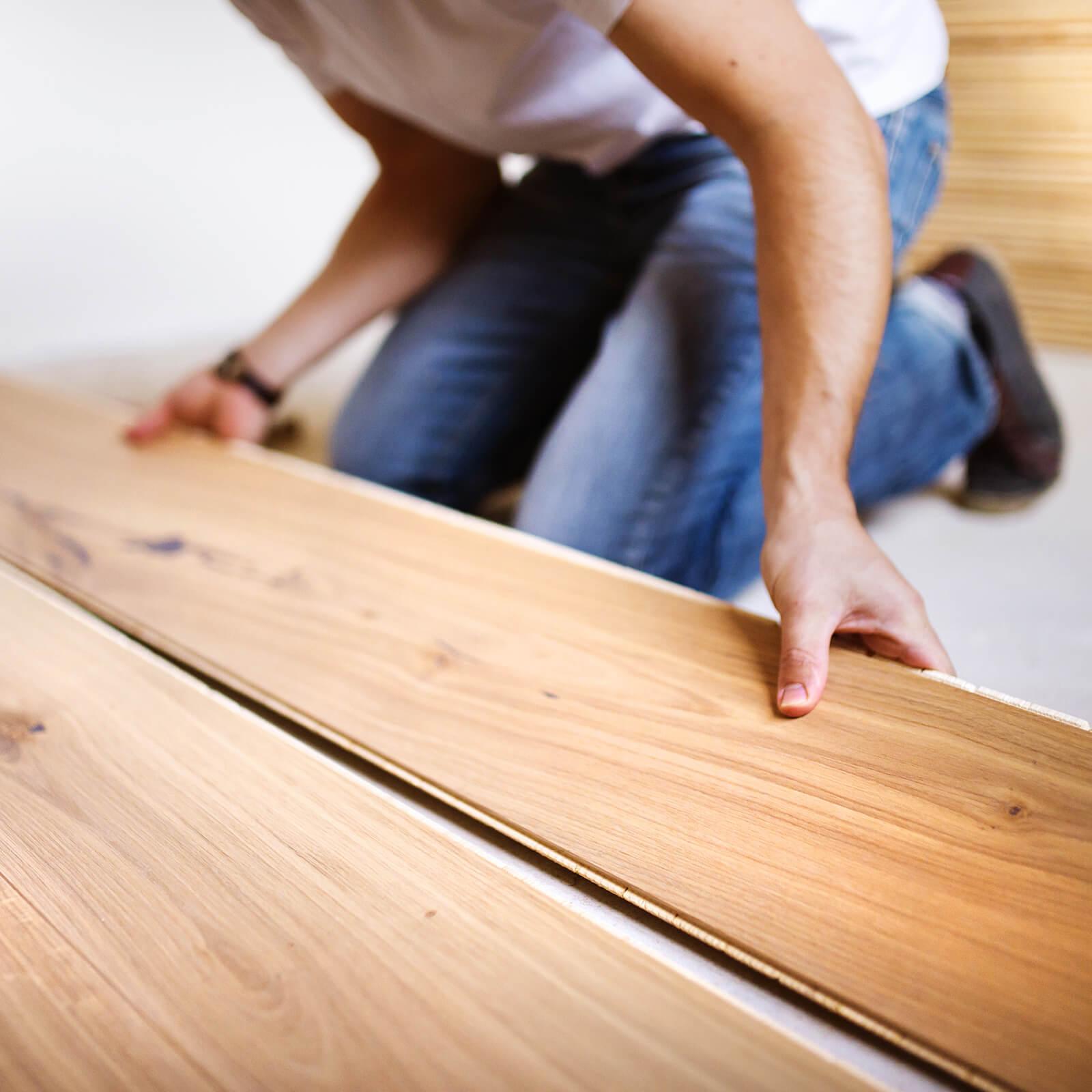 Installing Laminate flooring | Custom Floors