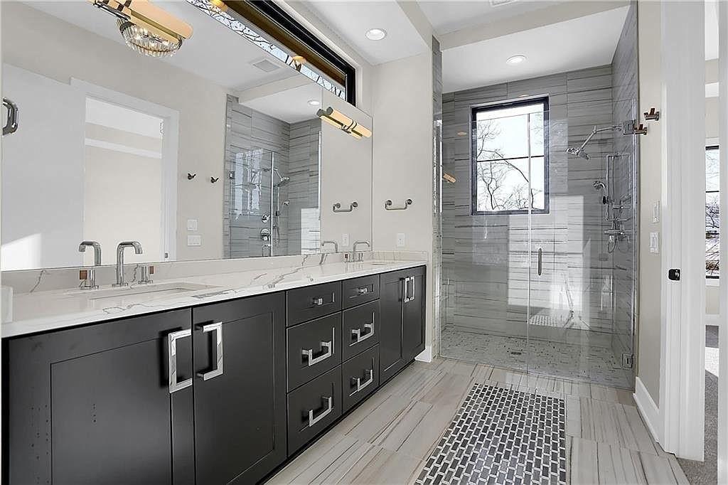 Wedgewood Master Bath | Custom Floors